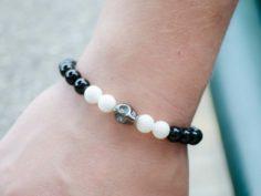 White Black Onyx Gemstone Hematite Skull Stretch Bracelet